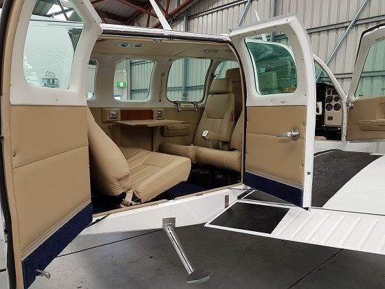 Air Gold Coast Beechcraft 58 Baron Cabin Interior