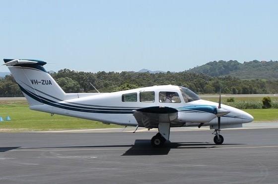 Beechcraft 76 Duchess VH ZUA Taxiing