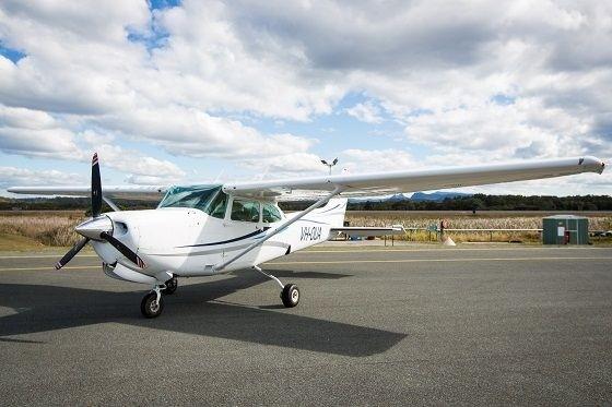 Air Gold Coast Cessna 172RG VH OUA on Apron